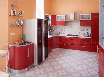 Кухня для загородного дома, фасад пленочный МДФ с радиусными элементами в комбинации с матовым стеклом в алюминиевом профиле.