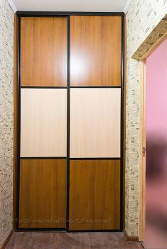 Встроенный шкаф купе для прихожей